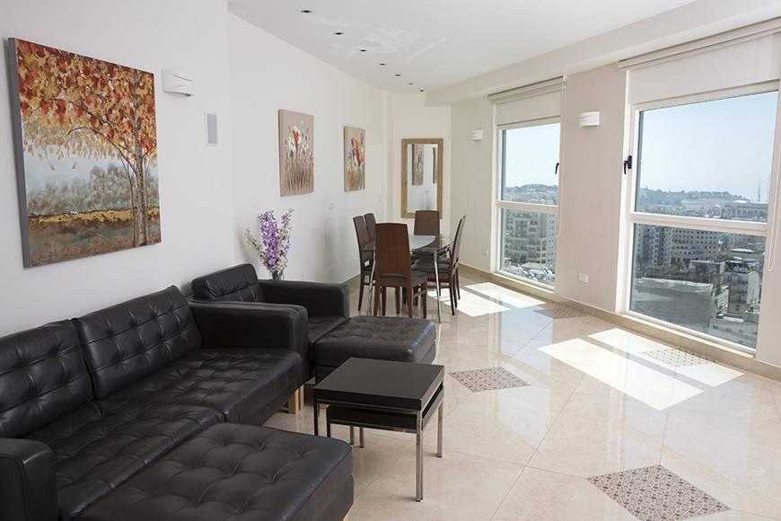 luxury-three-bedroom-preview